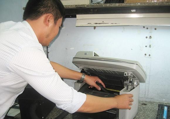 Dịch vụ vệ sinh máy in tại nhà