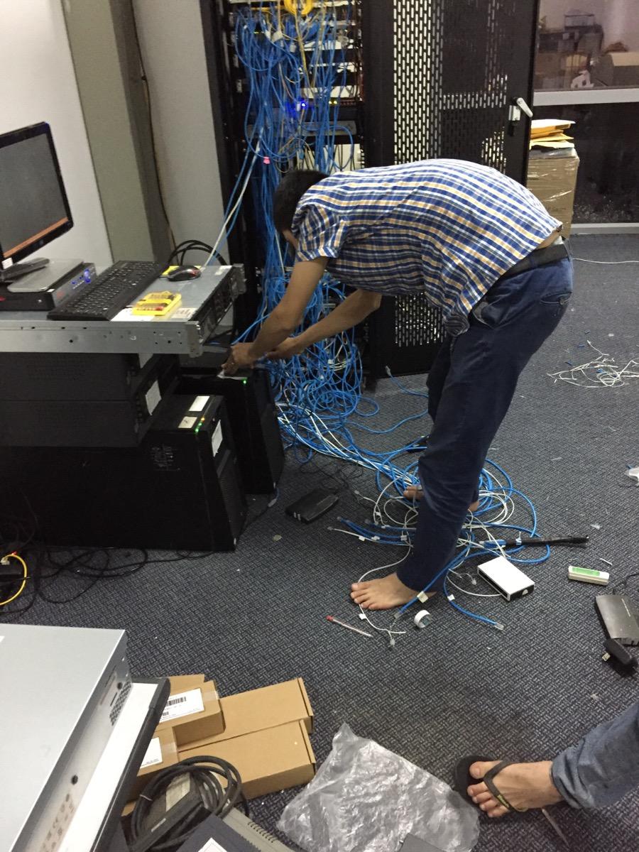 Thi công lắp đặt mạng LAN Tại BIDV đông đô